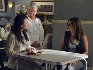 Mona and Aria talk under supervision.